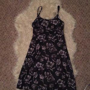 Dresses & Skirts - 90s style satin slip dress